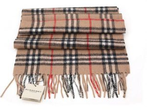 burberry-scarves-2