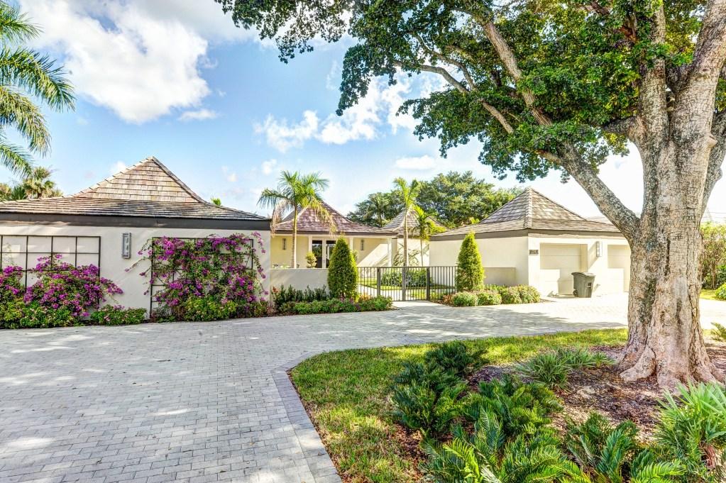 2745 Avenue Au Soleil, Gulf Stream, FL