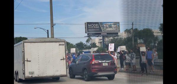 Protestors in Boca